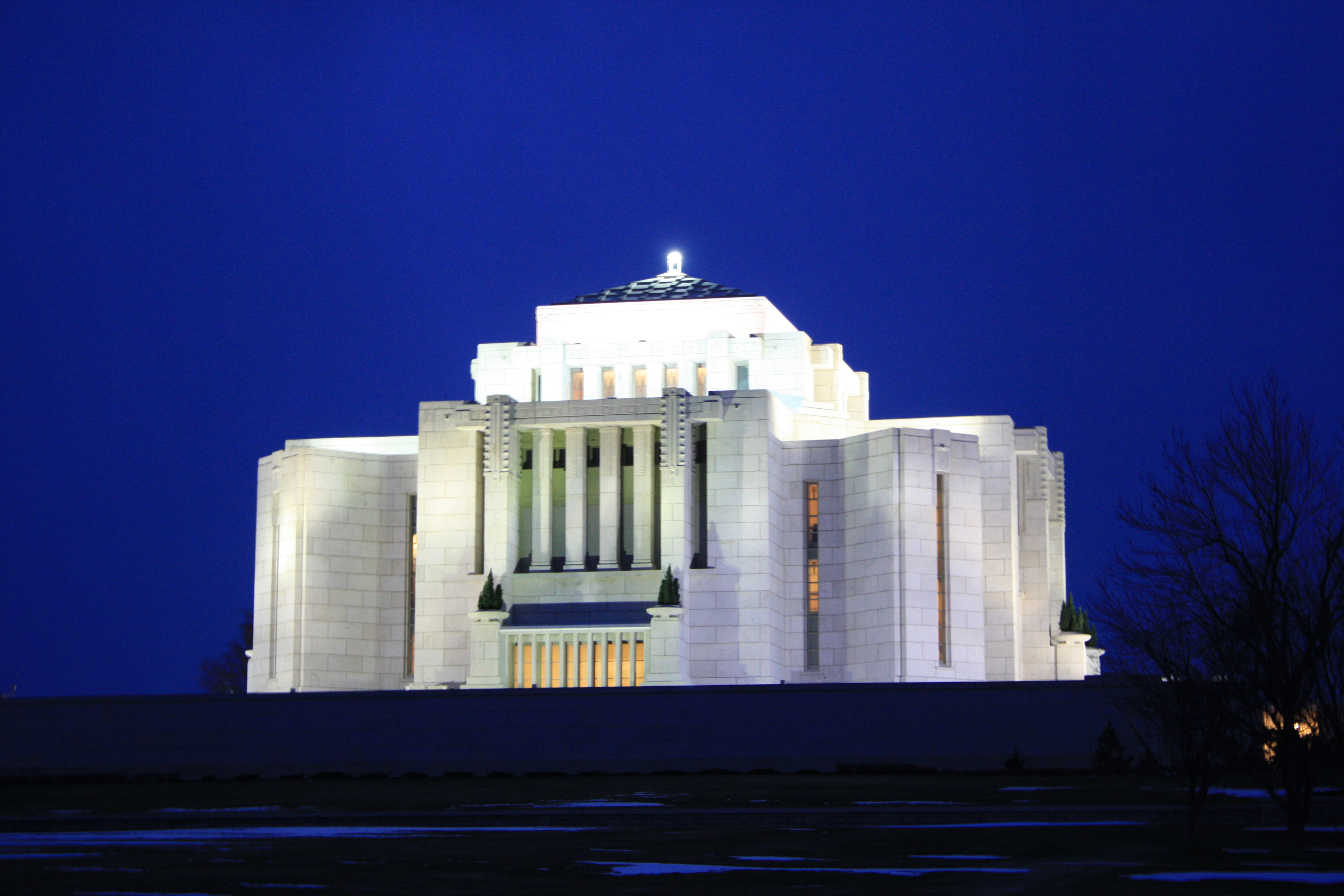 Cardston Temple